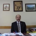 1954 yılının mart ayının 15'inde Artvin ili Arhavi ilçesi Küçükköy'de doğmuş olduğumu söylüyorlar. İlkokul 1 ve 2. Sınıfı köyümde okuduktan sonra Ankara'ya geldim ve Sarar İlkokulu'nu bitirdim. Ortaokul ve liseyi Ankara Atatürk Lisesi'nde okudum.(sıhhıye semtinde) Sonrasında AİTİA_ Mali Bilimler Ve Muhasebe Bölümü( şimdi Gazi Üniversitesine bağlı)  mezunuyum.